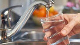 Carte interactive de l'eau du robinet : les pesticides se la coulent douce !