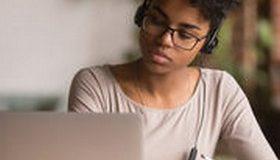 Impôts 2021 : les cours à distance ouvrent droit au crédit d'impôt emploi à domicile